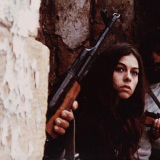 ثريا بغدادي... صورة أنثى من زمن الحرب