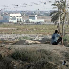 مصر | الفوج الأول من مهجّري الحرب في سيناء إلى بيوتهم... المدمّرة