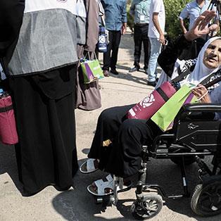 مرضى غزة رهائن الصراع الداخلي: الموت قبل   العلاج!