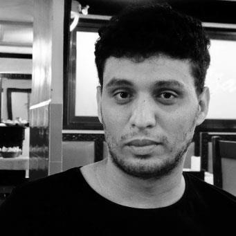 أنور رحماني: كافكا الجزائري يتحدى عبدة التماسيح!