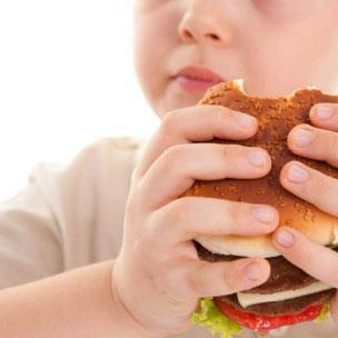 السمنة عند الأطفال: «النصاحة» ليست معيار صحّة