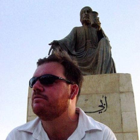 سنان أنطون... «فهرس» لجراح العراق