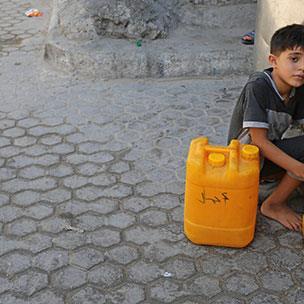 مياه غزة الملوثة... تنتظر المصالحة!