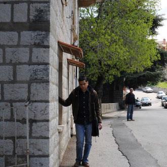 فاتشي بولغورجيان: بحثاً عن الهوية بين الركام
