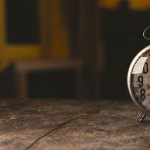 هل يمكن عكس اتّجاه الزمن؟