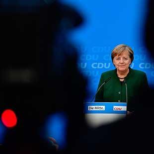 المرض يصل إلى قلب «أوروبا»: برلين ضعيفة من عوارض «اتحاد» يموت