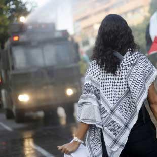 أعلام فلسطين لم تغب من الشوارع