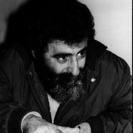 ثلاثون عاماً على اغتياله: مهدي عامل الثائر الضاحك