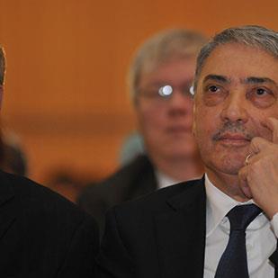 رئاسيات الجزائر | بن فليس «يتعفَّف»: موقفٌ لا يعتدُّ به