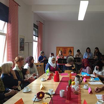 برنامج «Let's talk» للسوريين في ألمانيا: علينا أن يستمع بعضنا إلى بعض