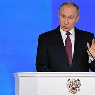 بوتين يمدُّ مظلّته النووية فوق الحلفاء