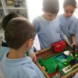 الروبوت التعليمي: المباراة بين المدارس لا تكفي