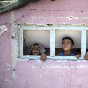 الفلسطينيون في صفحات فارغة!