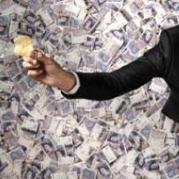 نجوم الكرة والإعلانات: Money Talks