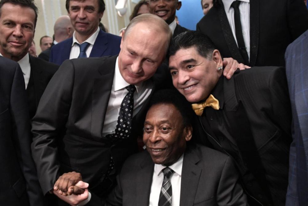فلاديمير بوتين: المونديال من الكرملين إلى العالم... مع الحب!