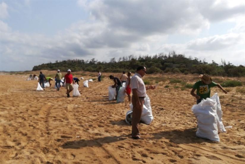 «شباب صور» لتنظيف شاطئ البقبوق