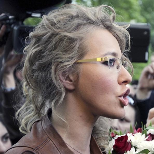 كسينيا سوبتشاك: «دميةٌ»... تريد دفن لينين