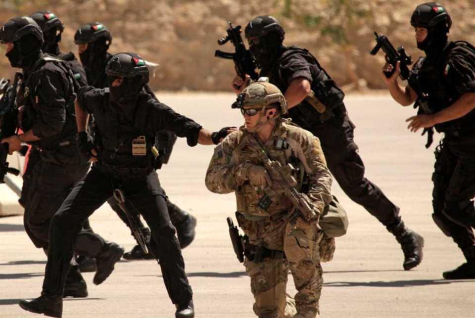 جندي أميركي يدهس مواطناً... والحكومة تؤدّي «أقل الواجب»