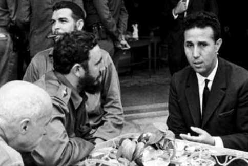 يوم النصر في الجزائر والحداد في فرنسا