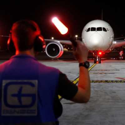 إسرائيل تحتفل بالتطبيع السعودي الجوي