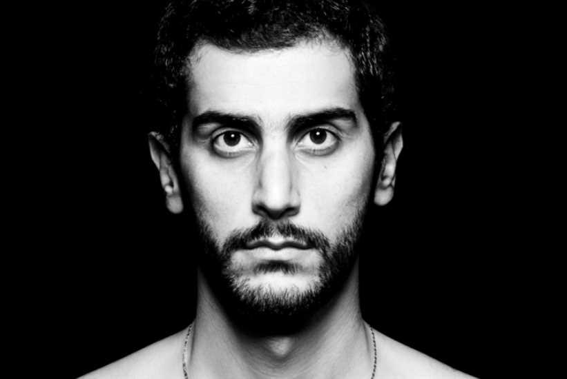 علي شحرور مكرّساً في «أفينيون»