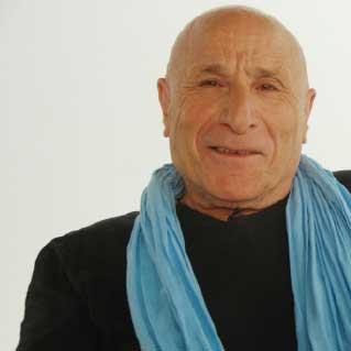رشيد بوجدرة... الجوائز الخليجية سلّعت الأدب
