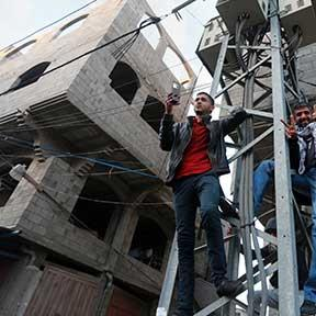 فلسطين | حملة على شرائح الاتصال الإسرائيلية في غزة