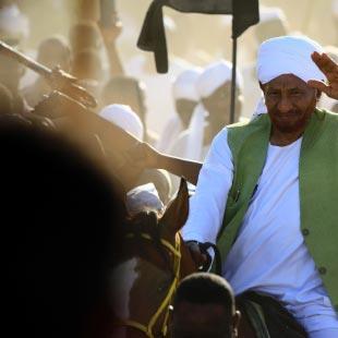 السودان | الصادق المهدي يعود من المنفى... إلى رئاسة    الوزراء؟