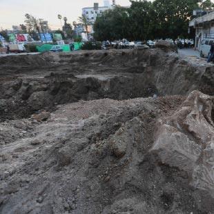 حكومة غزة تدمّر الآثار لمنح الأراضي للموظفين!