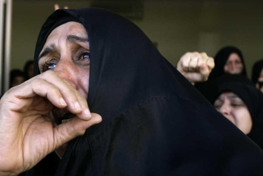 بحرينيات خلف القضبان: الإذلال والتعذيب لابتزاز «المطلوبين»