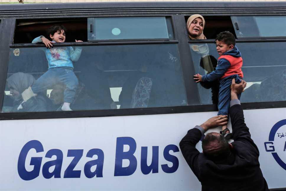 «حماس» لن تذهب إلى القاهرة... و«الشعبية» تحمل المطالب