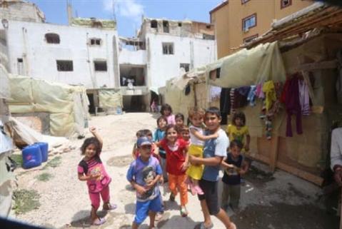 «إقامات مؤقتة» للقاصرين السوريين