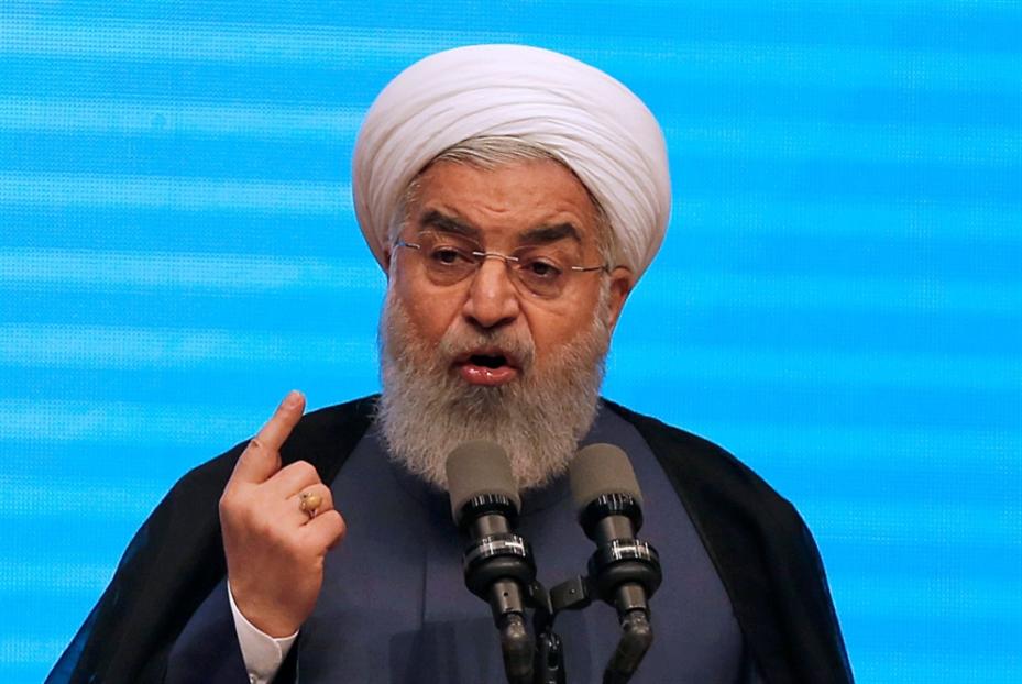 إيران تسخر من «فقاعة» ماكرون: لا تفاوض على اتفاق جديد