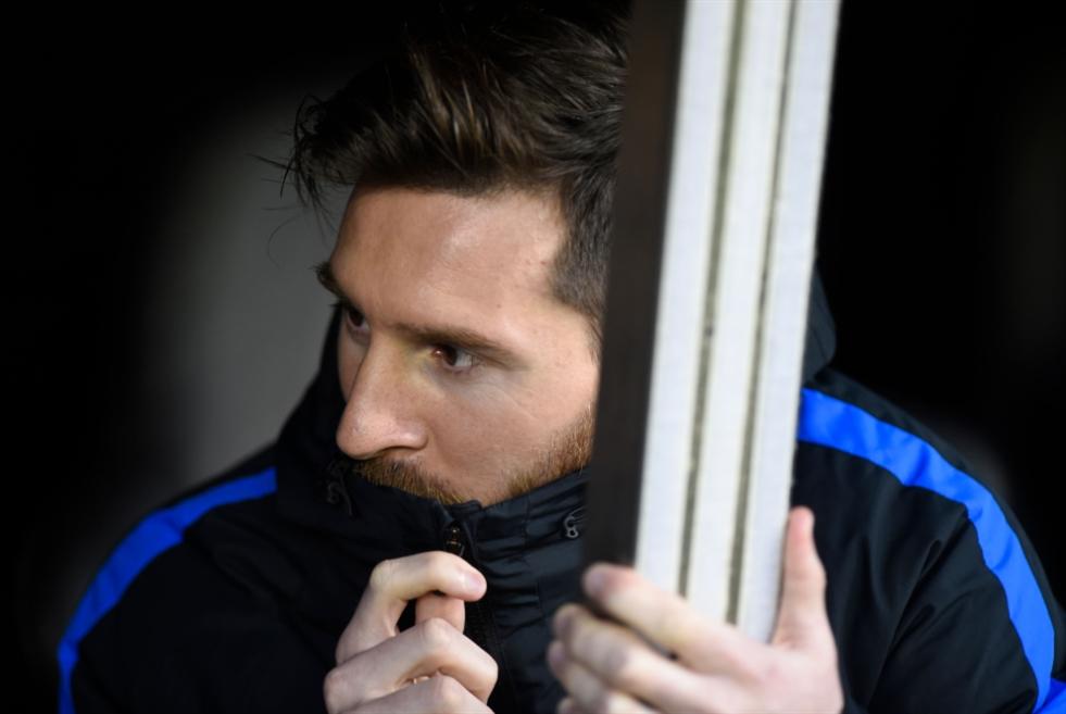 مستقبل برشلونة والصفقات: روبرت فيرنانديز لا يدفع من جيبه!