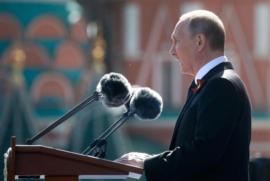 بوتين في «عيد النصر»: السلام هش... فلنتعاون!