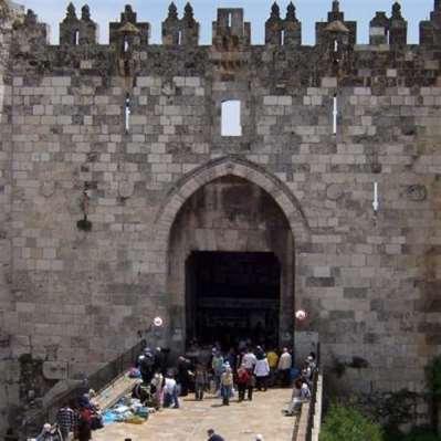 أسوار بوابات القدس… التاريخ ترك أمثولاته عليها