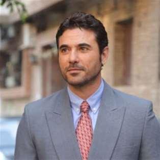 أحمد عز في جلباب «أبو عمر المصري»