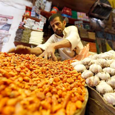 في اليمن... رمضان بما تيسّر