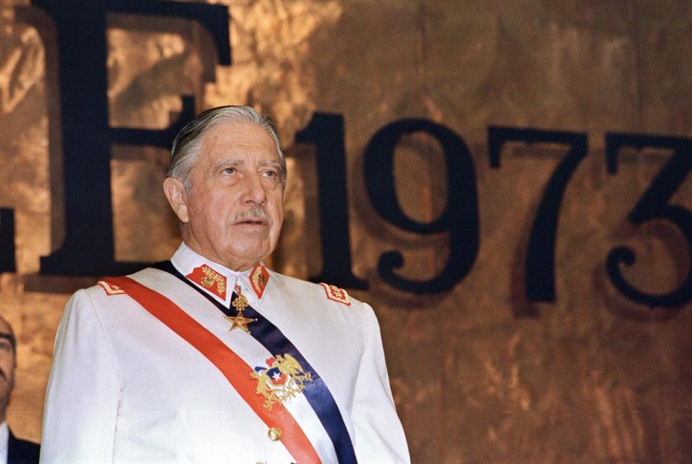فنزويلا تنتخب غداً: لا بينوشيه في كراكاس!