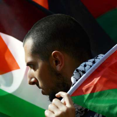 «مملكة الخير» تهزّ صورتها في عيون الفلسطينيين