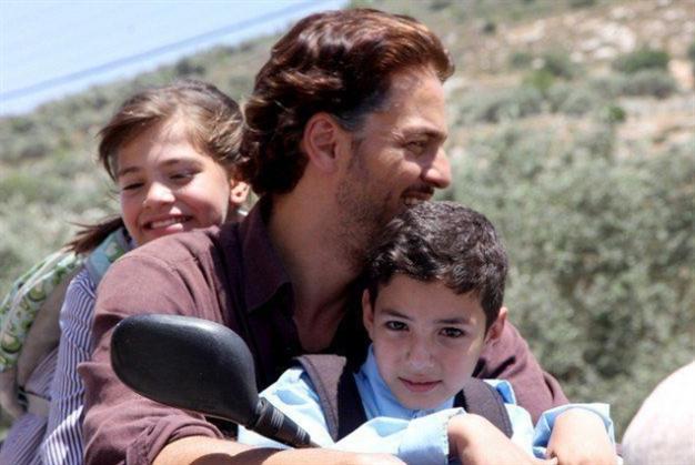 «عيون» نجوى نجار فلسطين من الداخل