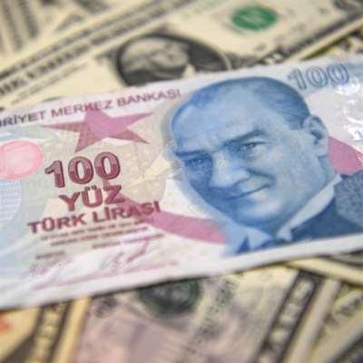 «عجرفة» الحزب الحاكم تهزّ الليرة التركية