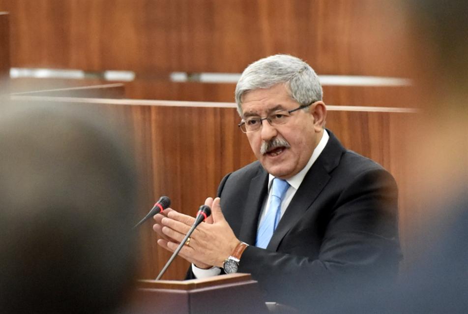 الجزائر | مؤشرات أزمة بين الرئاسة والحكومة