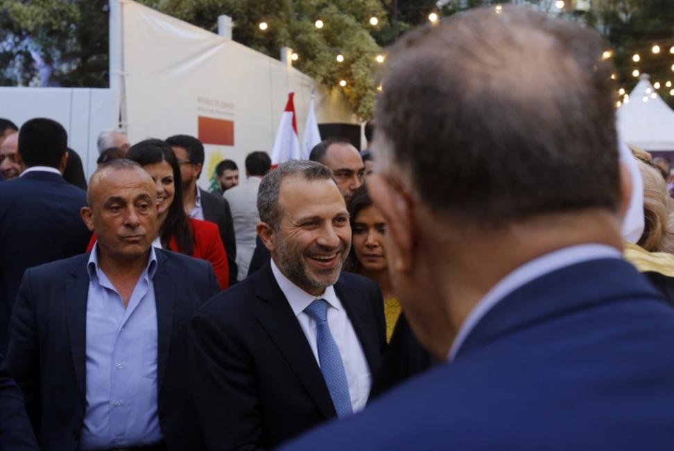 نزع فتيل «مراسيم القناصل»: وزير المال يُوقعها!