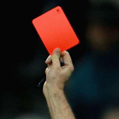 169 بطاقة حمراء