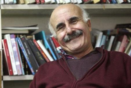 عباس بيضون يوقّع رواية الحياة والموت