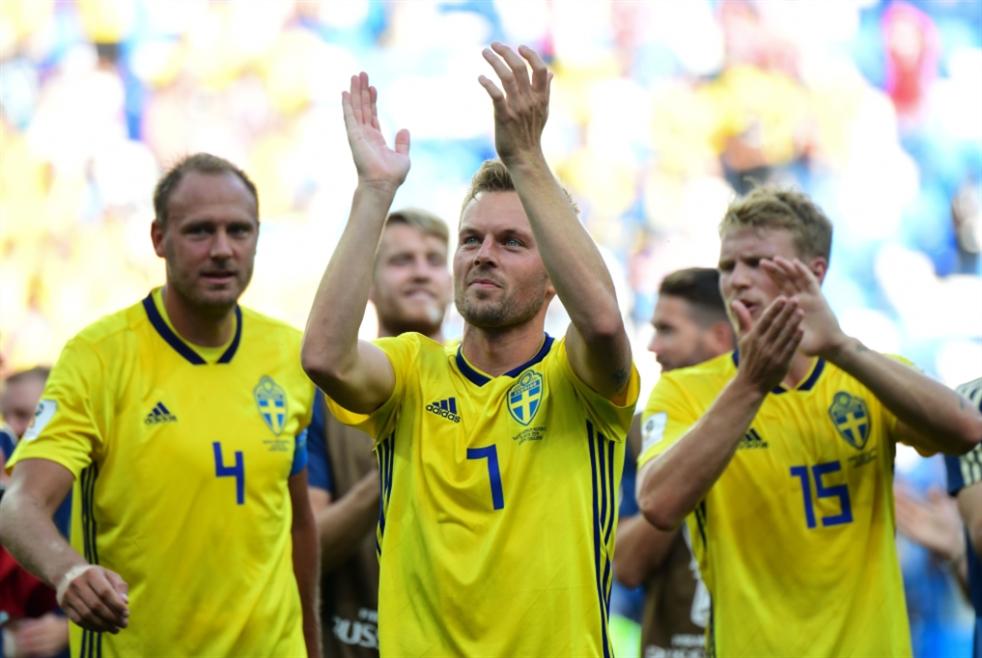 السويد يحصد النقاط الثلاث