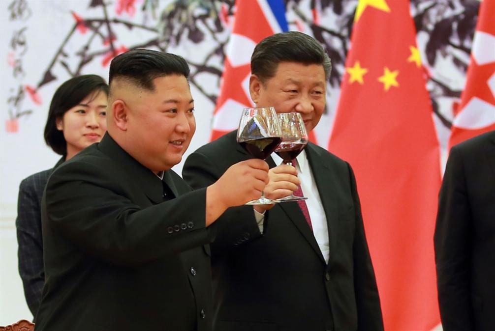 كيم ينهي زيارته لبكين: نحن أسرة واحدة!