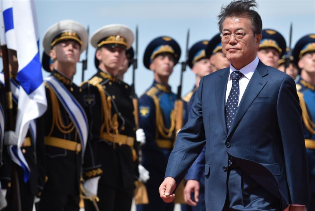 مون في روسيا... قمة ثلاثية مع كوريا الشمالية قريباً؟
