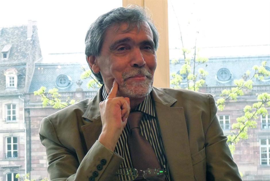 عبد الفتاح كيليطو...  حمّال الحكايا